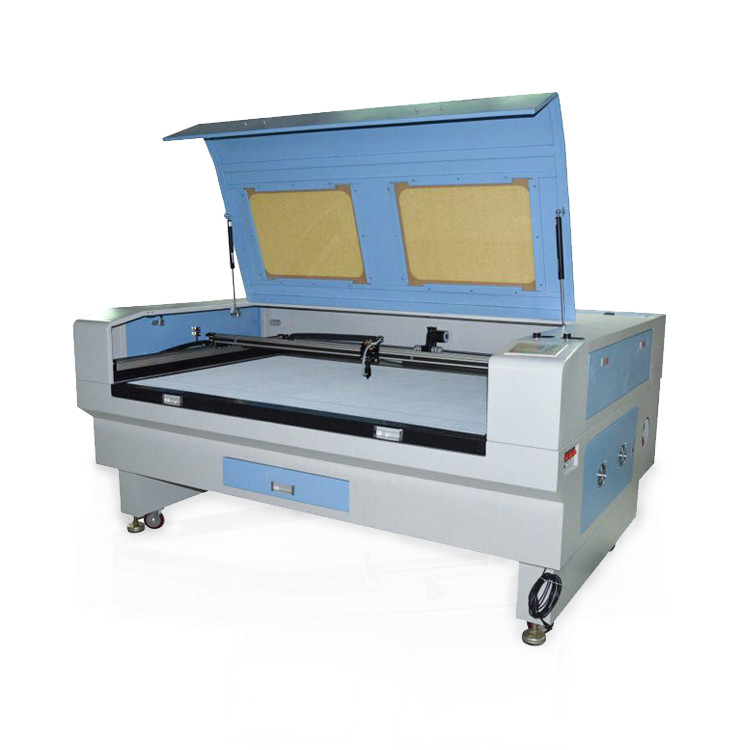 Laser cutting machine suitable for soft toy
