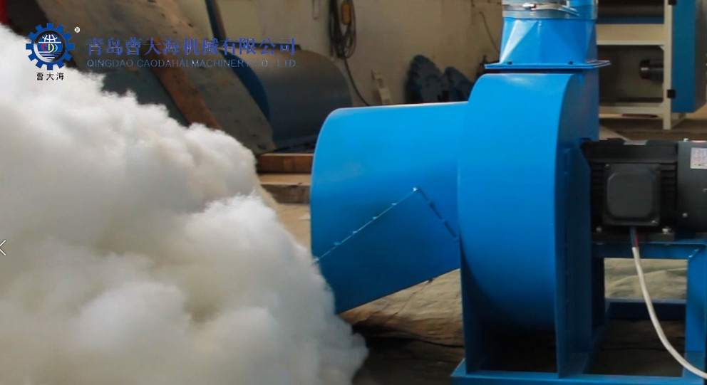 Toy filling machine working